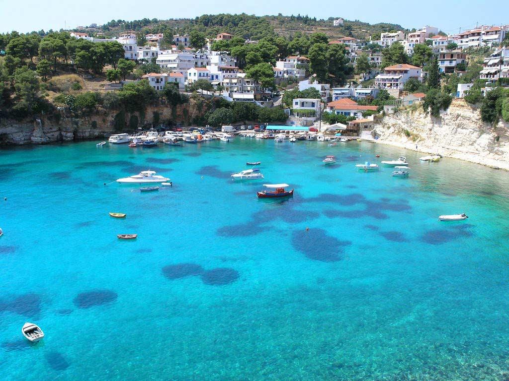 Alonissos Hotels Greece