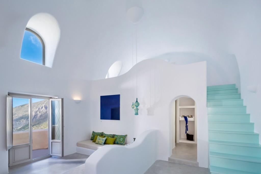 skyfall-luxury-suites-pyrgos-santorini-3828
